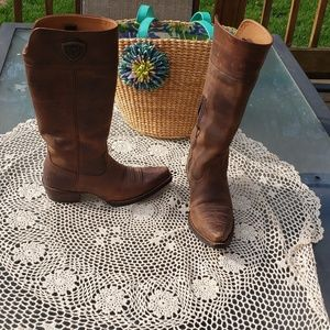 Ariat Shoes - ARIAT Womens Chandler Distresses brown boots
